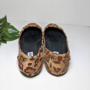 Steve Madden Shoes - Steve Madden cowhair flats size 8